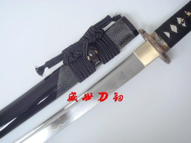 Clay Tempered Japanese Wakizashi Katana Folower Tsuba Razor Sharp Blade